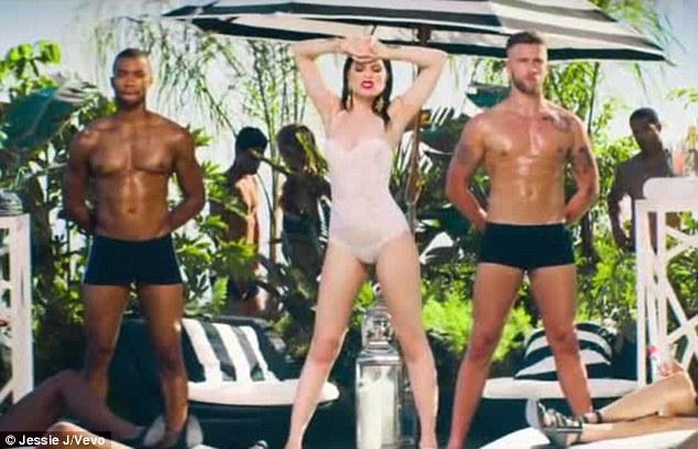 Jessie_J-Burnin_Up-music_video-ft-2-Chainz